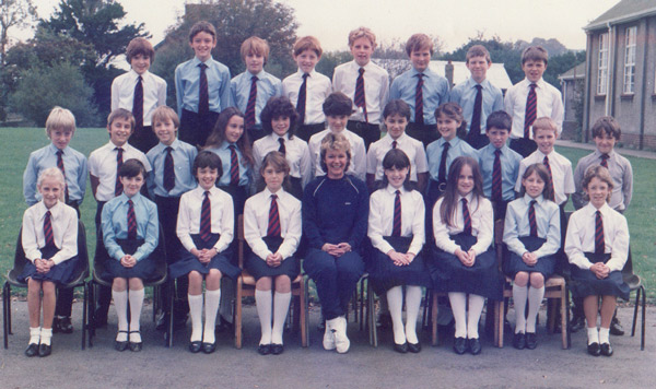 Yr1 1985/86 & Ms Avril Paterson